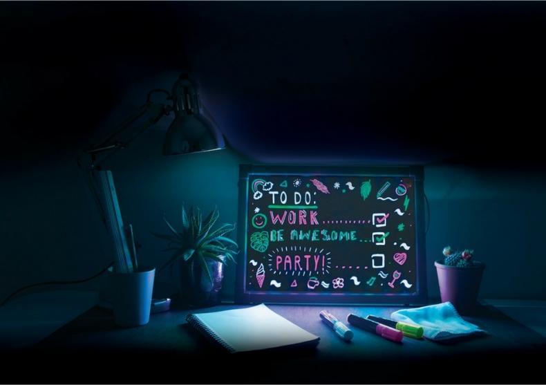 caseta led luminoasa fluorescenta